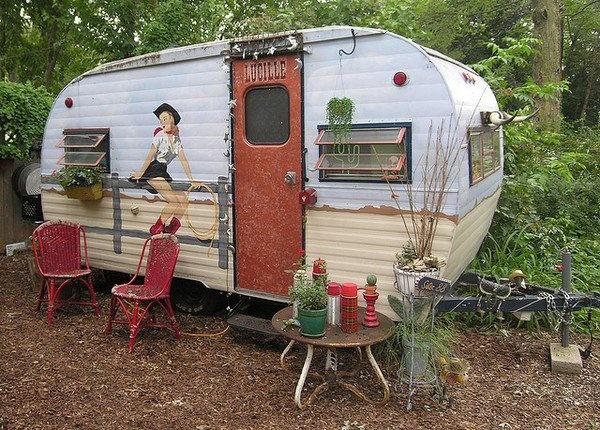 c94eb947c8502aa62e45ae09376cdc34--camping-trailers-travel-trailers.jpg