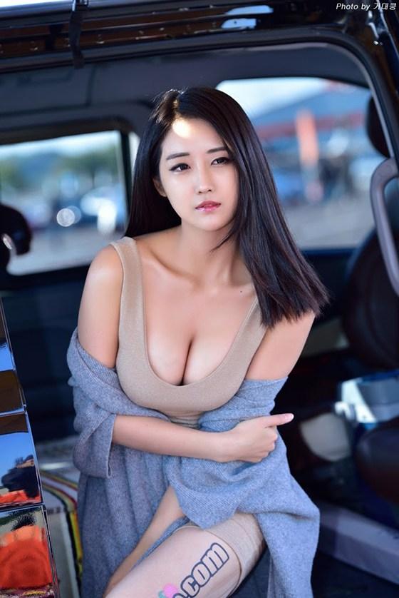 Yu_Da_Yeon_280318_044.jpg